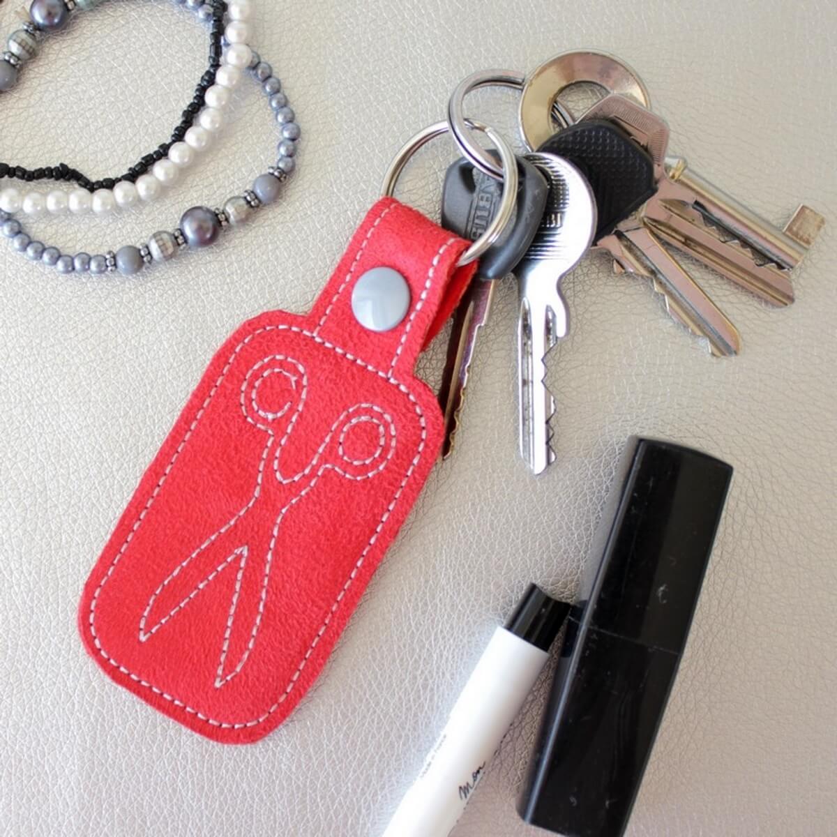 Schlüsselanhänger Little Scissors (ITH Stickdatei)