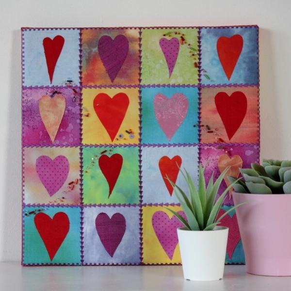 Valentinstag-Herzcollage-Foto-600x600
